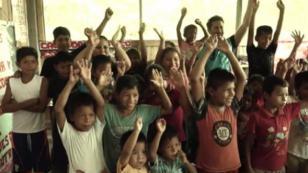 Marco Zunino en canción por los niños y Unicef