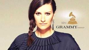 Laura Pausini compite en los Grammy 2017, pero al mismo tiempo apoya a esta otra artista