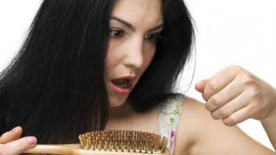 Sábila y coco para prevenir la caída de cabello