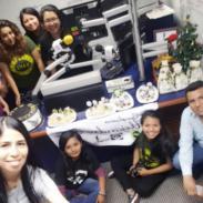 Club de fans de Alejandro Sanz celebró el cumpleaños de su ídolo en la cabina