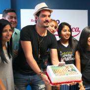 Ricardo Arjona está de cumpleaños y lo celebramos con su imitador de 'Yo soy' [FOTOS]