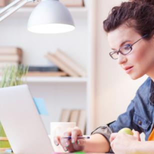 5 tips para bajar de peso mientras trabajas