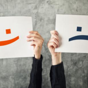 Alimentos que te deprimen versus alimentos que te  hacen feliz
