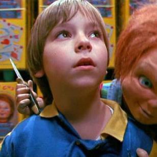 'Andy', el niño de la película 'Chucky', ya es adulto y luce así [FOTOS]