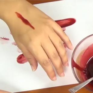¿Cómo hacer sangre falsa para este Halloween? [VIDEO]