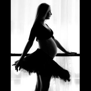 Conoce los beneficios del baile durante el embarazo