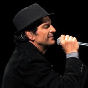 Una de estas canciones románticas de Ricardo Arjona debe ser tu favorita [VIDEOS]