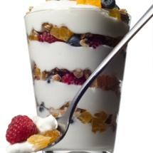 Refrescante batido de frutas con yogurt.
