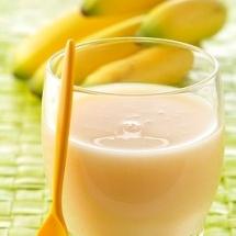 Batido de frutas rápido y nutritivo.