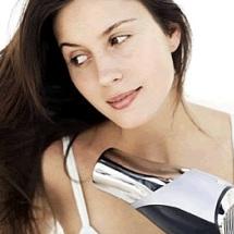 Usa el secador sin maltratar tu cabello.