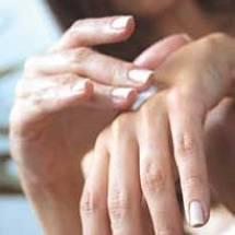 Crema hidratante casera para tus manos.