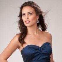 Tips para aumentar el tamaño de los senos con la ropa.