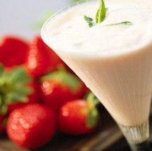 Delicioso jugo de fresas adelgazante.