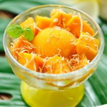 Delicioso helado de mango.