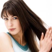 Hidrata tu cabello sin necesidad de ampollas.