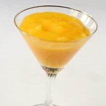 Delicioso jugo energizante de mango con durazno.