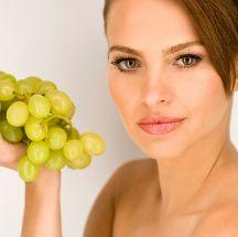 Mascarilla de uvas para rejuvenecer la piel.