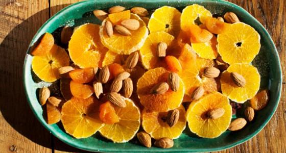 Naranja a la canela con almendras