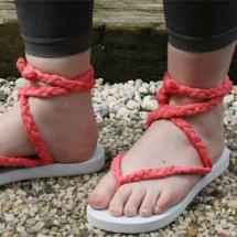 Crea tu propio estilo, prepara tus sandalias.