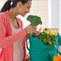 Tips para alimentarte correctamente durante el embarazo.