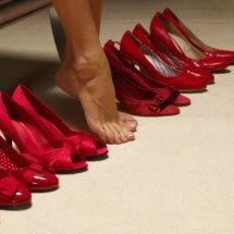 Tips para caminar con tacones sin dolor.