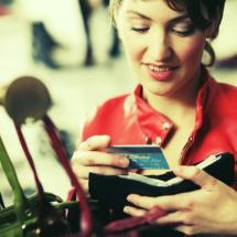 Tips para comprar una cartera o bolso.