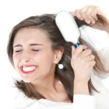 Trucos para desenredar tu cabello y evitar los nudos.