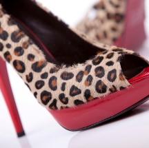 Tips para usar un accesorio o prenda con estampado leopardo.