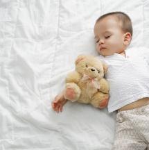 Tips para que tu hijo duerma solo.