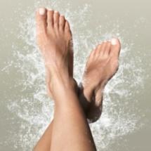 Truco casero para relajar y desinflamar los pies.