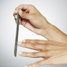 Truco para blanquear tus uñas.