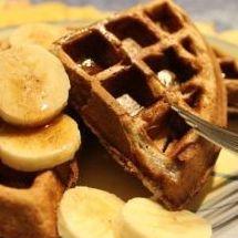Exquisitos waffles caseros de canela.